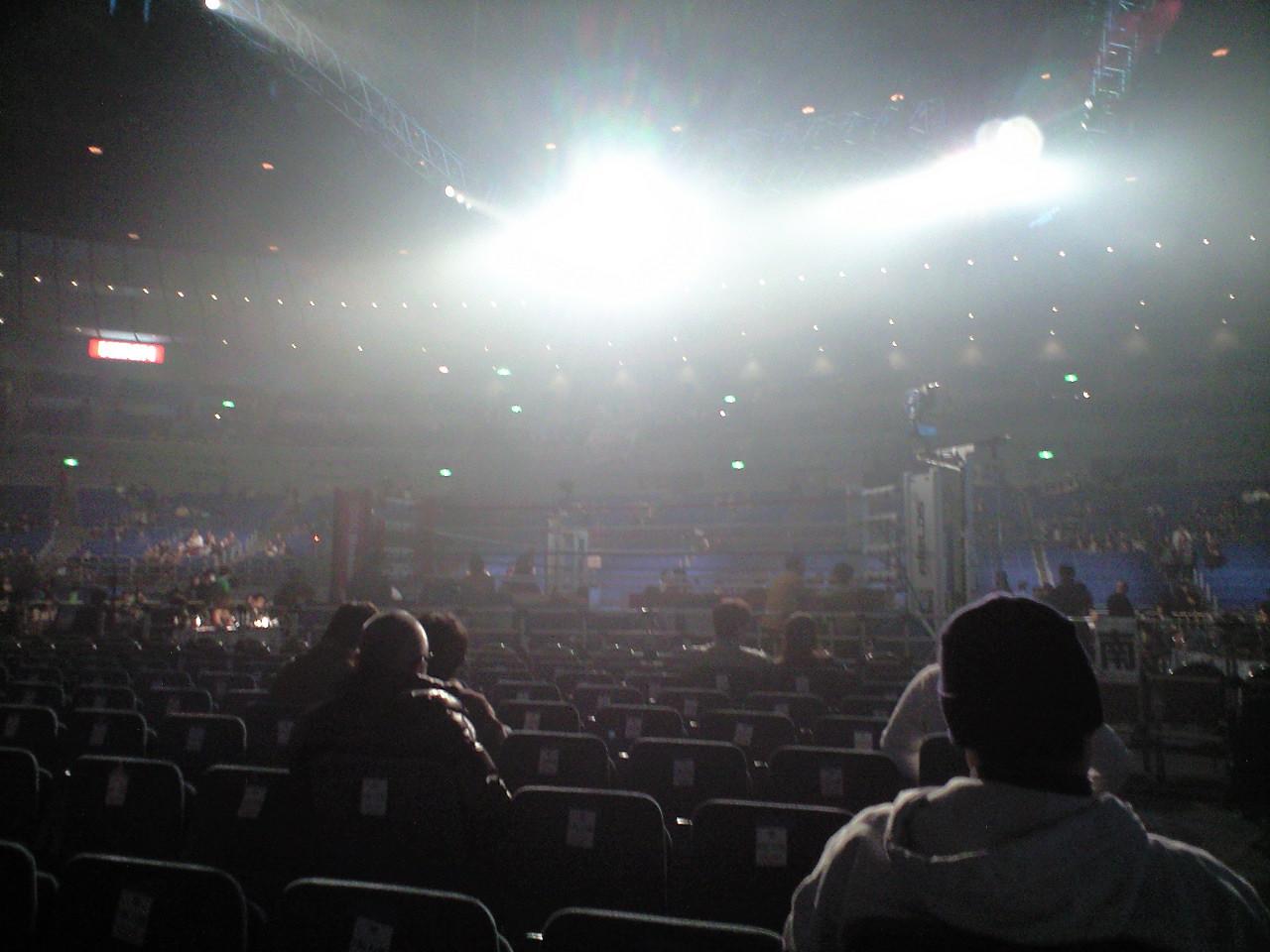 到着、横浜アリーナ。