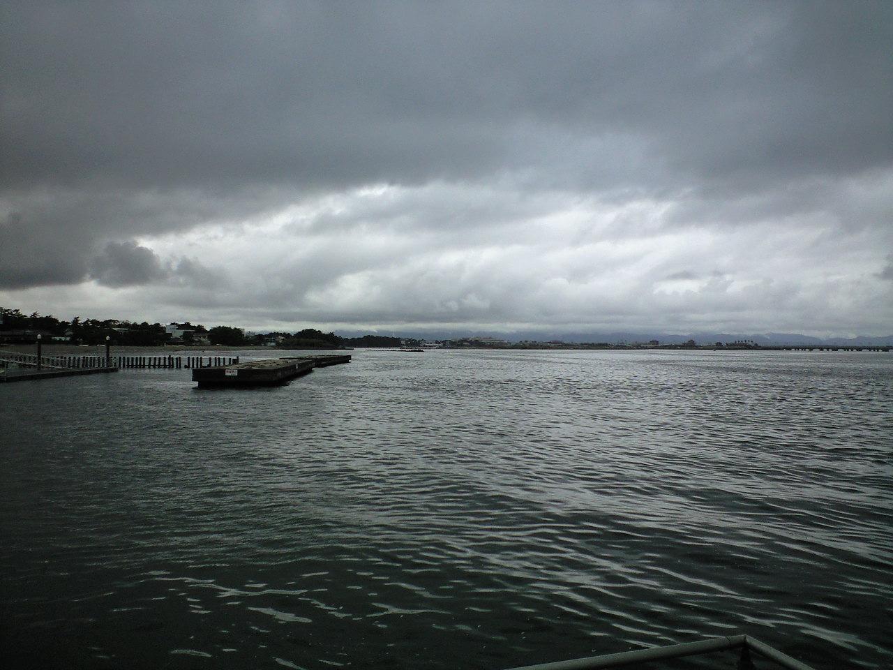 雨だけど、釣り。