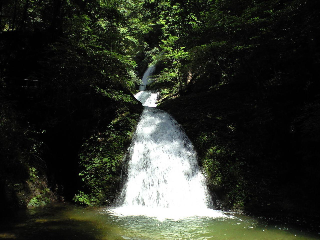 滝に、癒される。